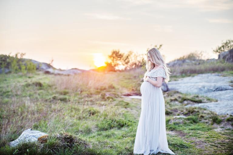 gravidfotografering-goteborg-gravidklanningar-fotografmariaekblad-solnedgang fotograf Maria Ekblad