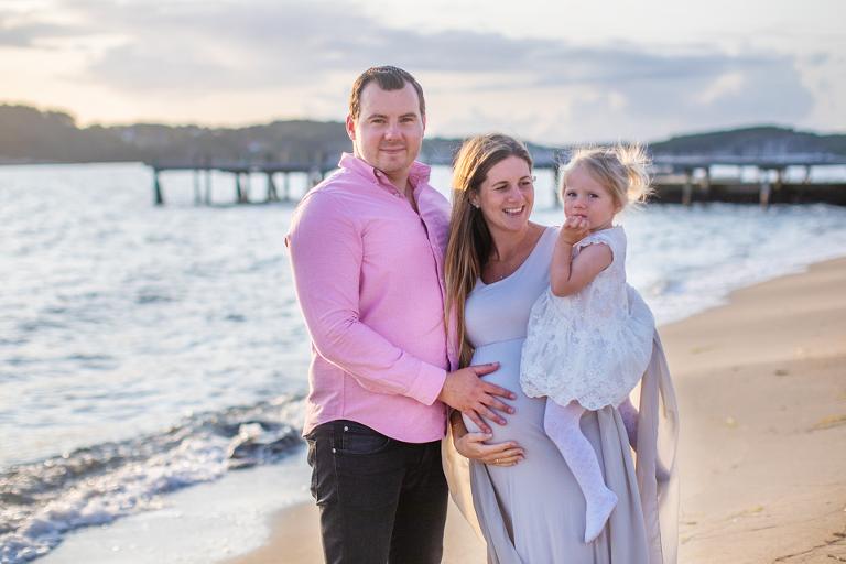 gravidfoto göteborg solnedgången gravidklänningar