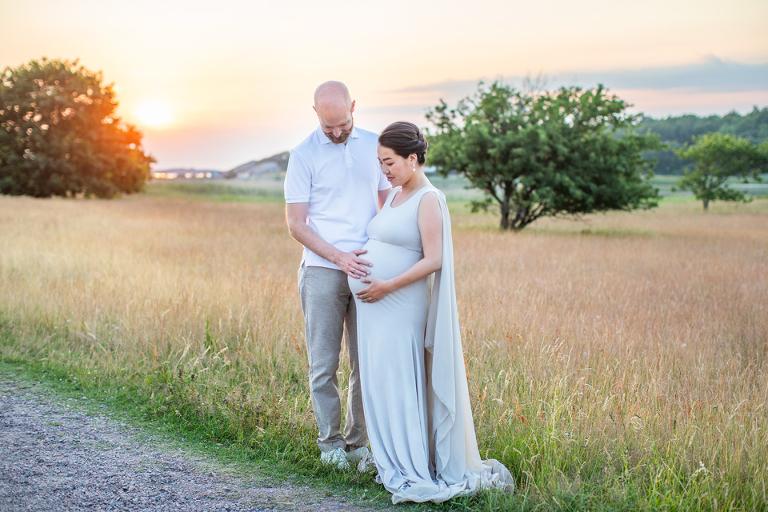 gravidfotografering göteborg gravidklänningar