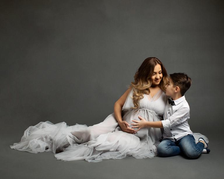 gravidfotografering i göteborg gravidklänningar fotograf Maria Ekblad