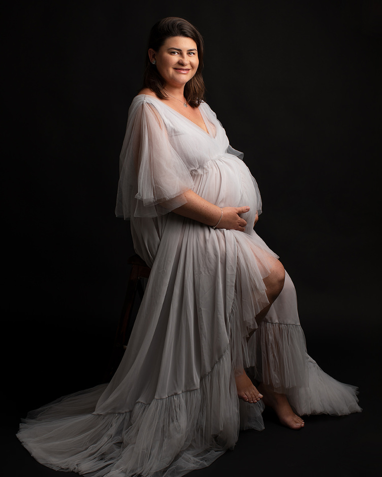 gravidfotografering göteborg fotograf Maria Ekblad studio gravidklänningar gravidbilder